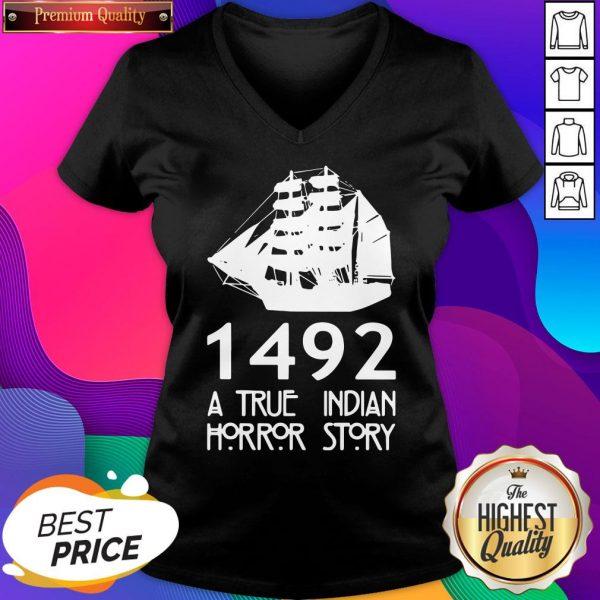 Top 1492 A True Indian Horror Story V-neck- Design By Sheenytee.com